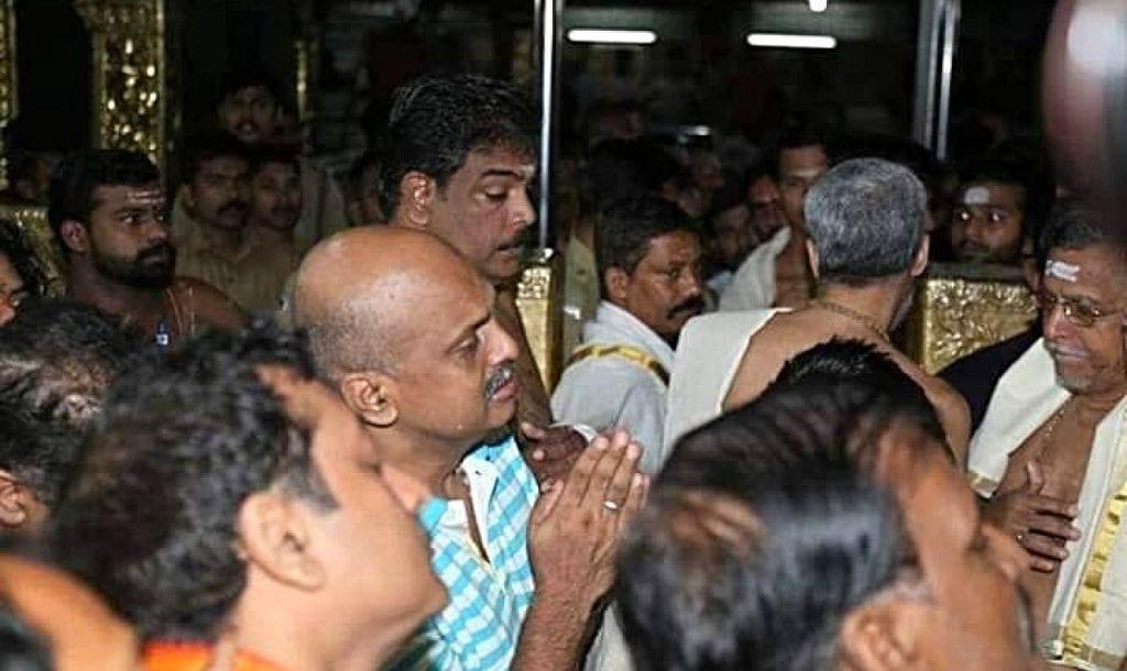 Image of IG Sreejith shedding tears praying in front of Lord Ayyappa in Sabarimala temple