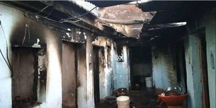 Image from Communal Clash in Bhainsa Town, Houses & Vehicles on Fire