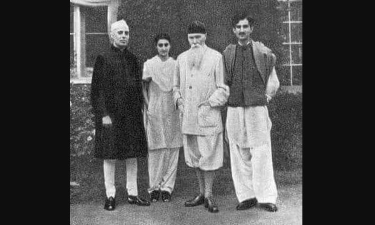 Rare Picture of Indira Gandhi, Husband & Father-in-Law: Fact Check