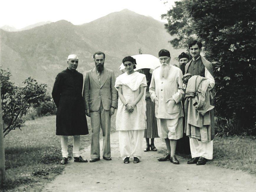 Another Picture of Jawaharlal Nehru, Indira Gandhi, Nicholas Roerich and Mohammad Yunus Khan