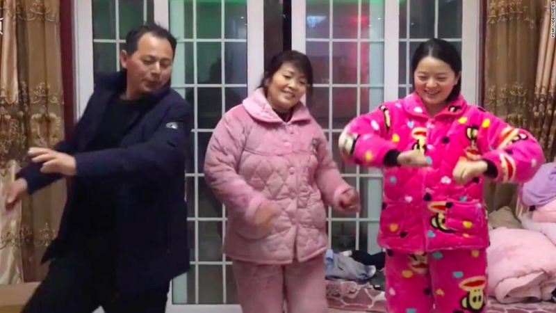 Image of Wuhan residents dancing and entertaining themselves during Coronavirus isolation