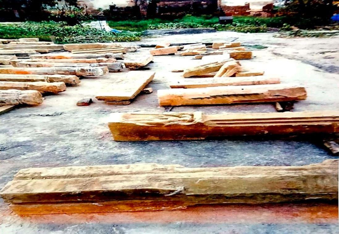 Image of Excavation of Hindu Idols, Structures and Shivalinga in Ayodhya