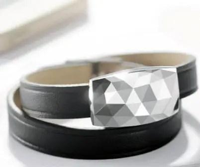 Netamo-June-sun-exposure-coaching-bracelet