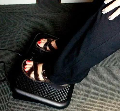 Toasty Toes foot warmer
