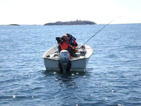Zwei deutsche Angler Fischen auf Leng, Lumb, Köhler & Co im Fjord bei Bergen
