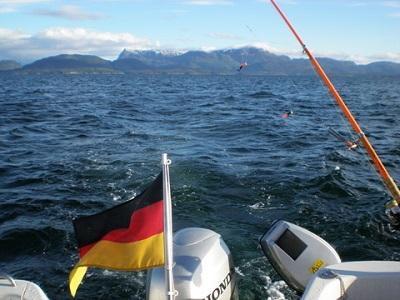 Angeln in Norwegen, wo dicke Fischein den Tiefen lauern.