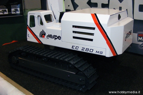 despe-escavatore-rc-3