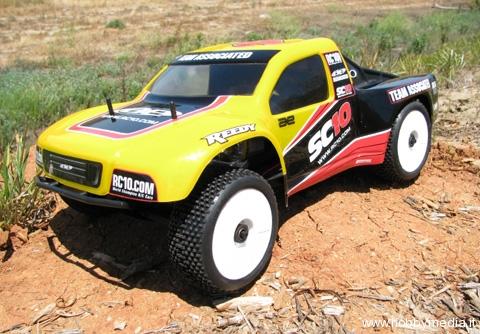 aka-sc10-adattatore-ruote