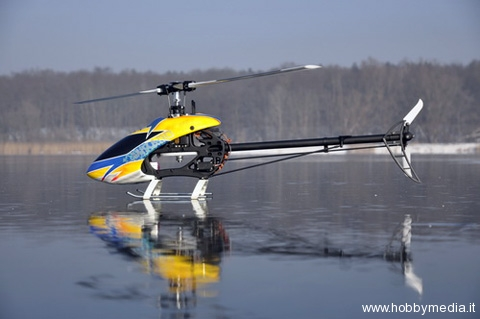 helicopters-on-ice-mikado-rc
