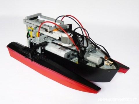 lego-nxt-boat