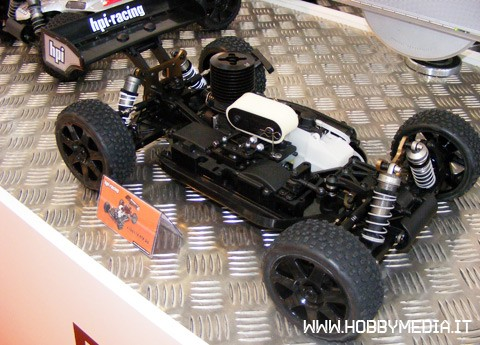 hpi-d8-rtr-buggy-a-scoppio-in-scala-1-8-toy-fair-2011