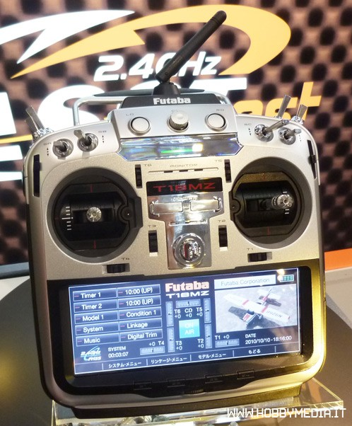 futaba-t18mz-radio-2