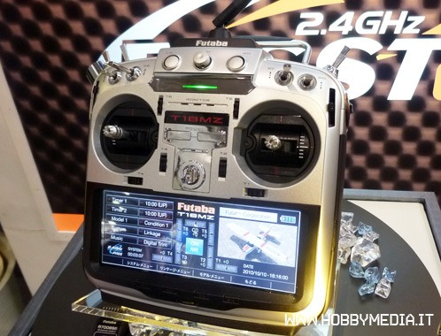 futaba-t18mz-radio