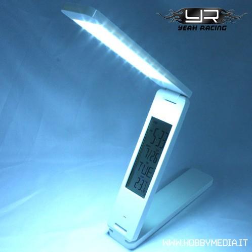 Lampada a led da tavolo con display e datario for Lampada led da scrivania