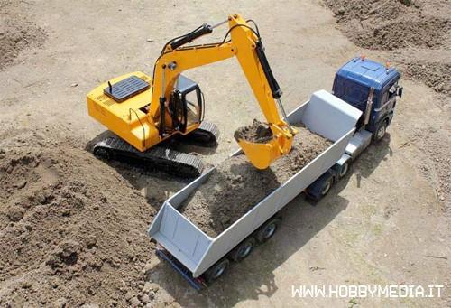 escavatore-radiocomandato-m