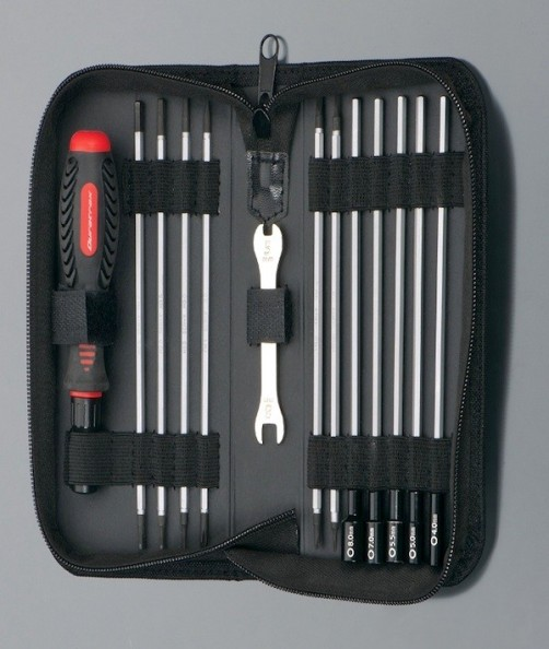 duratrax-19-in-1-tool-set-traxxas