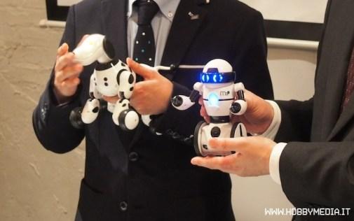 hello-mip-omnibot-takara-tomy-3