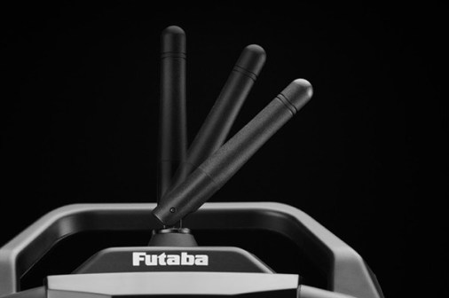 futaba-t4grs-t-fhss-24ghz-3