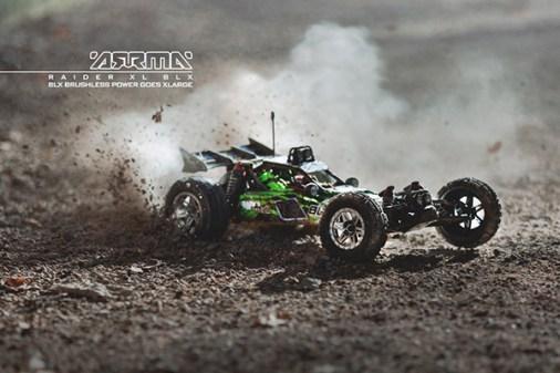 arrma-raider-xl-blx-2wd-buggy-8