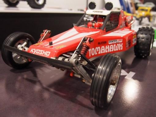 kyosho-buggy-tomahawk-1