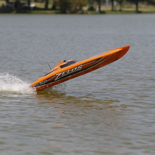 pro-boat-zelos-48-6
