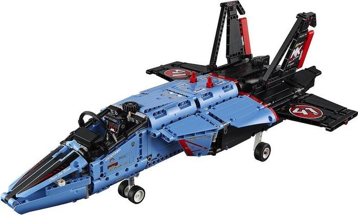 lego-technic-42066-aeromodello