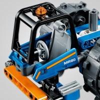 LEGO Technic Ruspa compattatrice: montaggio, prova e prezzo del set 42071.