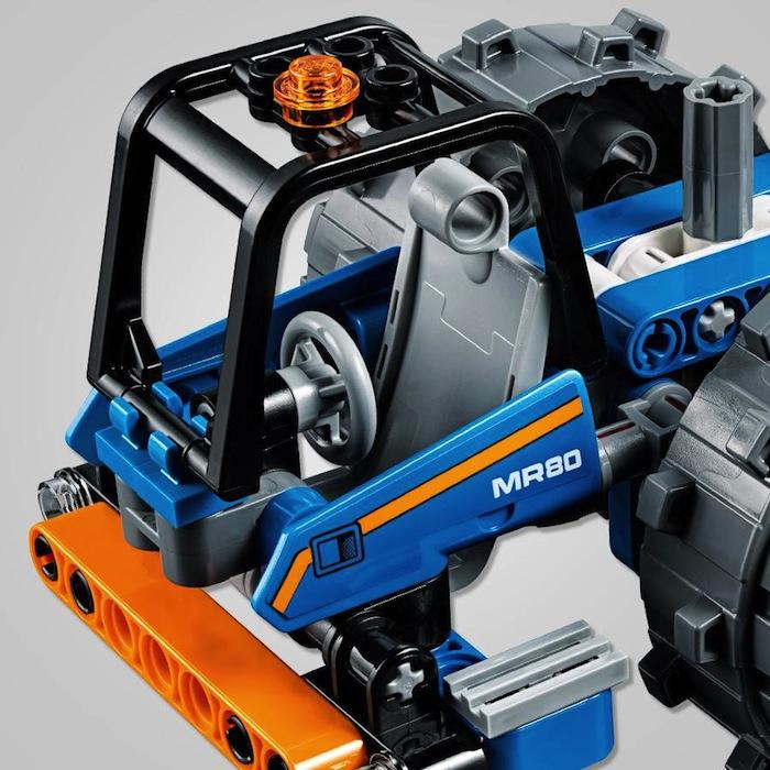 LEGO Technic Ruspa compattatrice