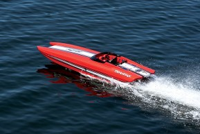 Traxxas M41 Red Edition - Catamarano radiocomandato