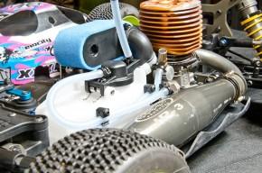 Modellismo Dinamico: fissare marmitta, filtro e tubi del carburante