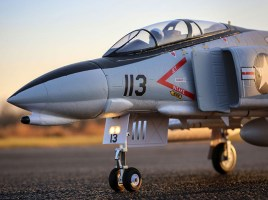 Jet RC F-4 Phantom II EDF con sistema AS3X e SAFE