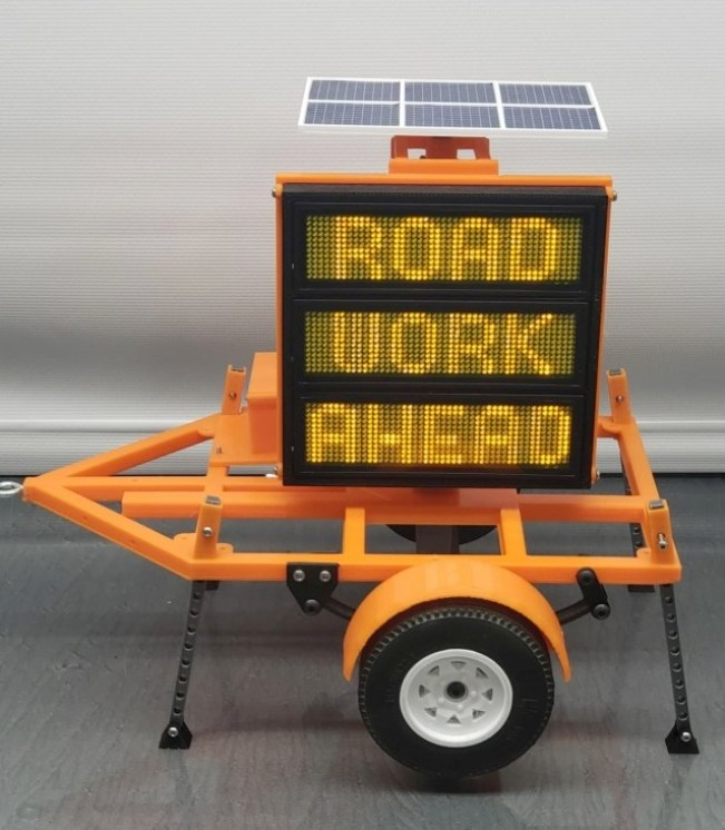 Exclusive RC- Construction DOT Sign Trailer scale replica