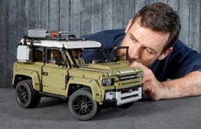 LEGO Technic: Land Rover Defender - Speed Build video
