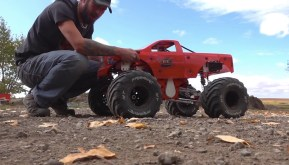 Primal RC: Raminator monster truck con motore da 49cc