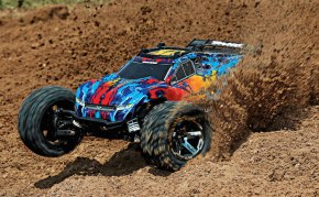 Traxxas: Rustler 4x4 VXL - The Big Drop video!