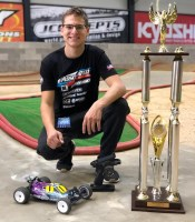 Spencer Rivkin (Associated) is the new 2WD buggy World Champion!