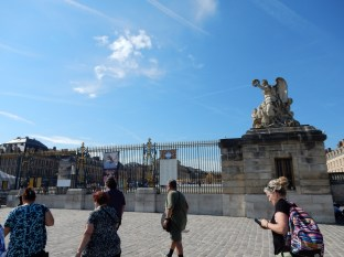 Having left the Petit Trianon, we then made our way over to the Palace of Versailles gates