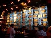 Inside Von's