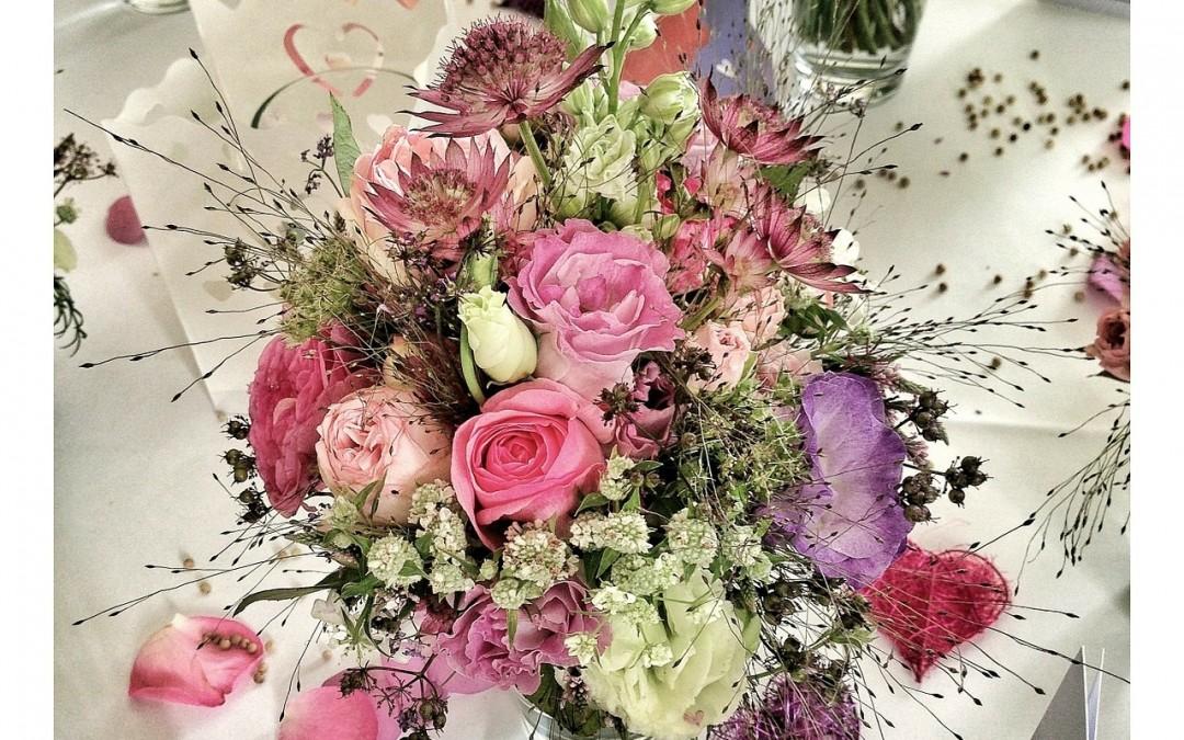 Die aktuellsten BlumenTrends fr Hochzeiten im Frhling