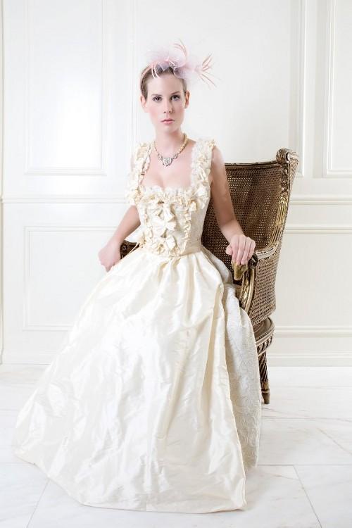HochzeitskleidFoto Hochzeitsdirndl