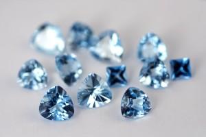 Edelsteine im Verlobungsring Bedeutung der Juwelen