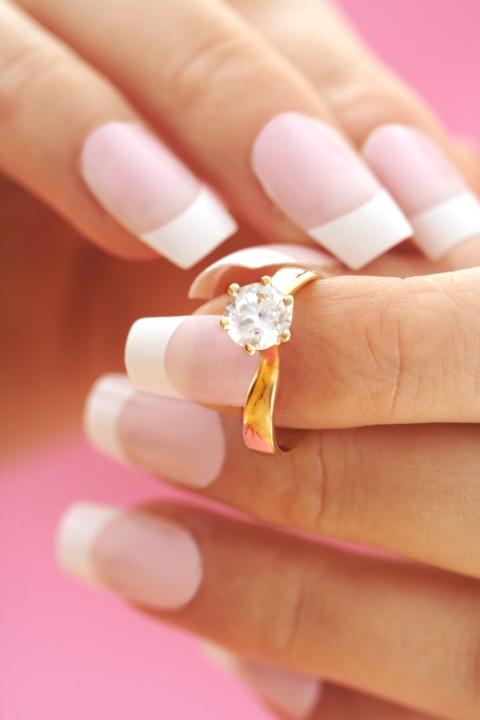 Material fr den Verlobungsring So finden Sie das Richtige