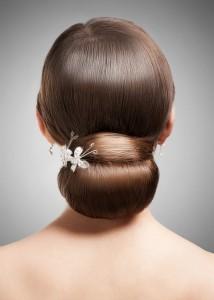 Brautkleid und Brautfrisur Welcher Ausschnitt passt wozu