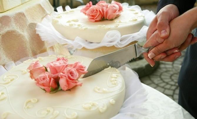 HochzeitstortenTrends 2013 Topsy Turvy und Co  Hochzeitcom
