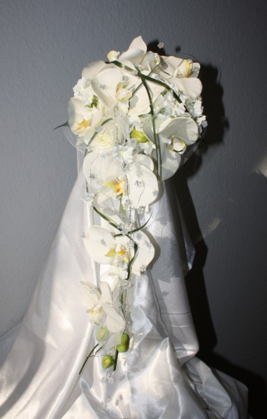 Brautstrauss Orchidee mit Tuell  Hochzeitsdekorationen