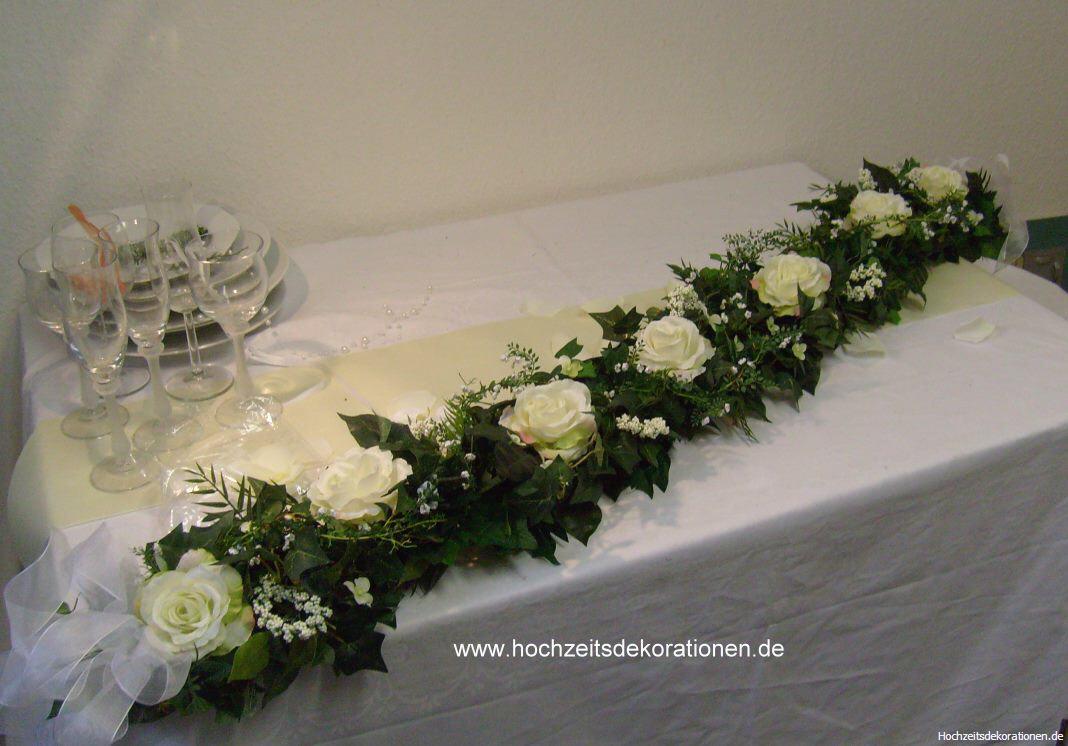 Autogirlande Rosen mit Amaranthus  Hochzeitsdekorationen