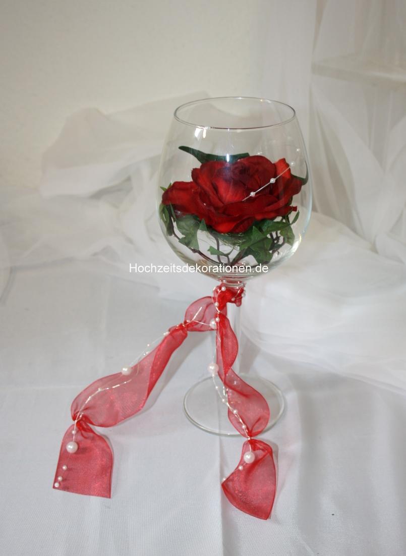 Rose im Weinglas  Rose im Glas deko  Tischdekorationen