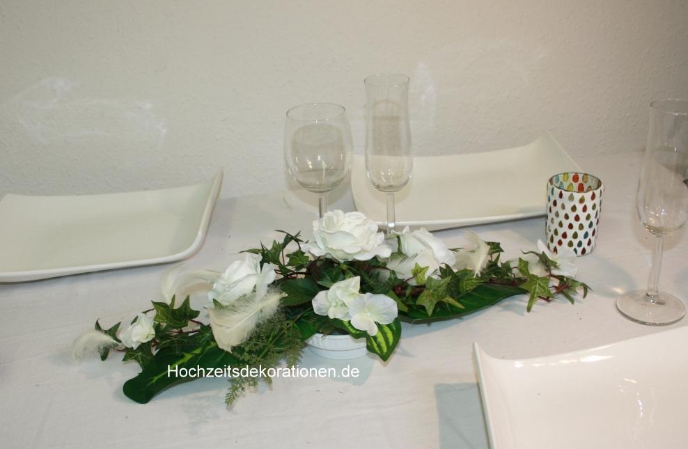 kleines Gesteck Rosen und Federn  kleines Gesteck Rosen