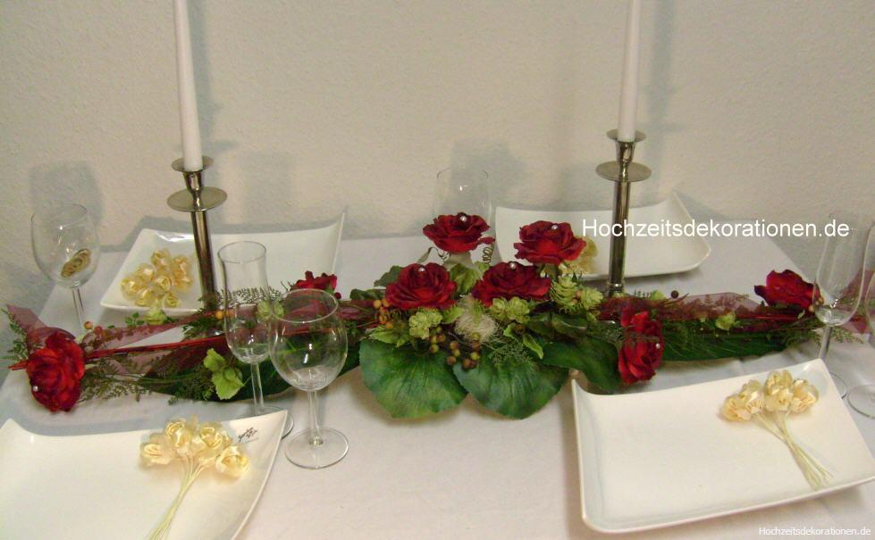 Tischdeko Mit Roten Rosen romantische tischdeko mit roten