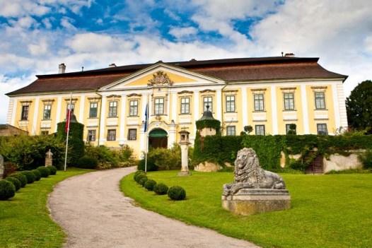 Hochzeit Schloss Gobelsburg | www.hochzeitshummel.at | photos: Budiono